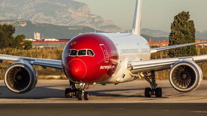 LN-LNC - Norwegian Air International Boeing 787-8 Dreamliner
