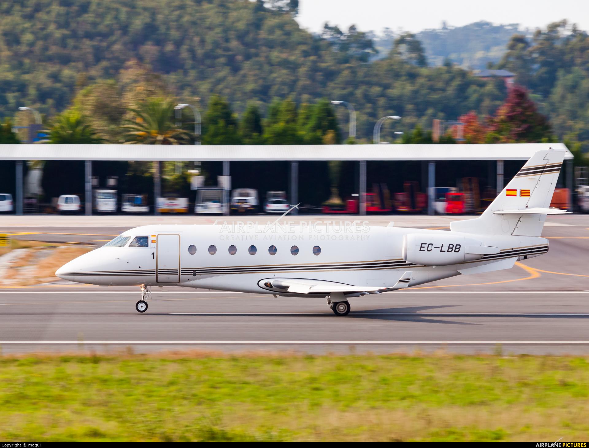Private EC-LBB aircraft at La Coruña