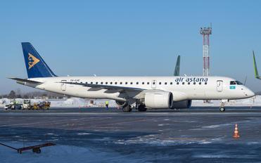 P4-KHE - Air Astana Embraer ERJ-190-E2