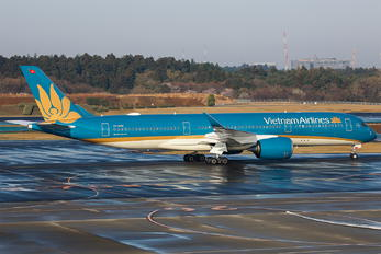 VN-A898 - Vietnam Airlines Airbus A350-900