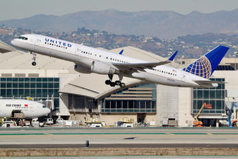 N502UA - United Airlines Boeing 757-200