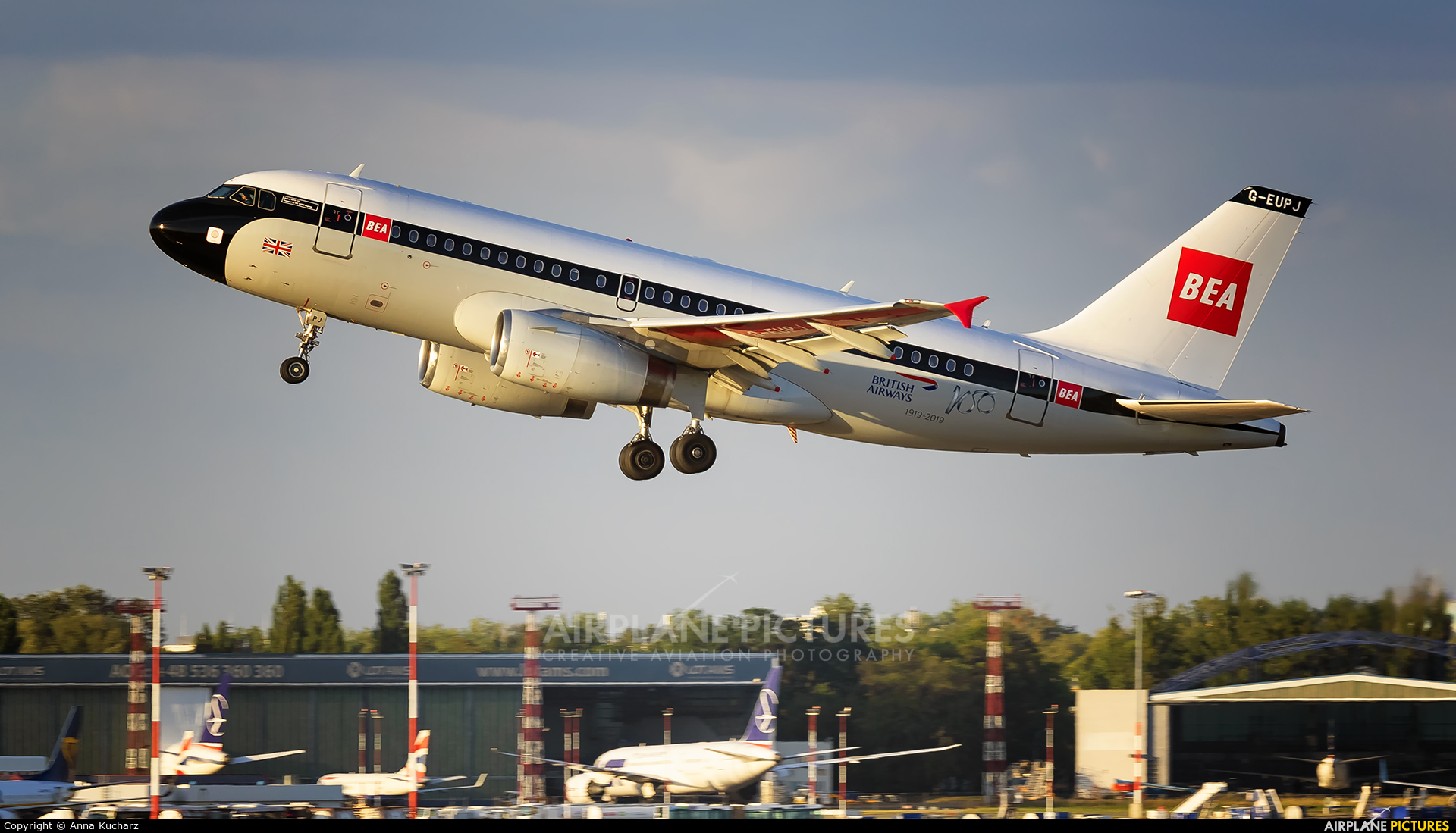 British Airways G-EUPJ aircraft at Warsaw - Frederic Chopin