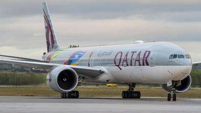 A7-BAX - Qatar Airways Boeing 777-300ER