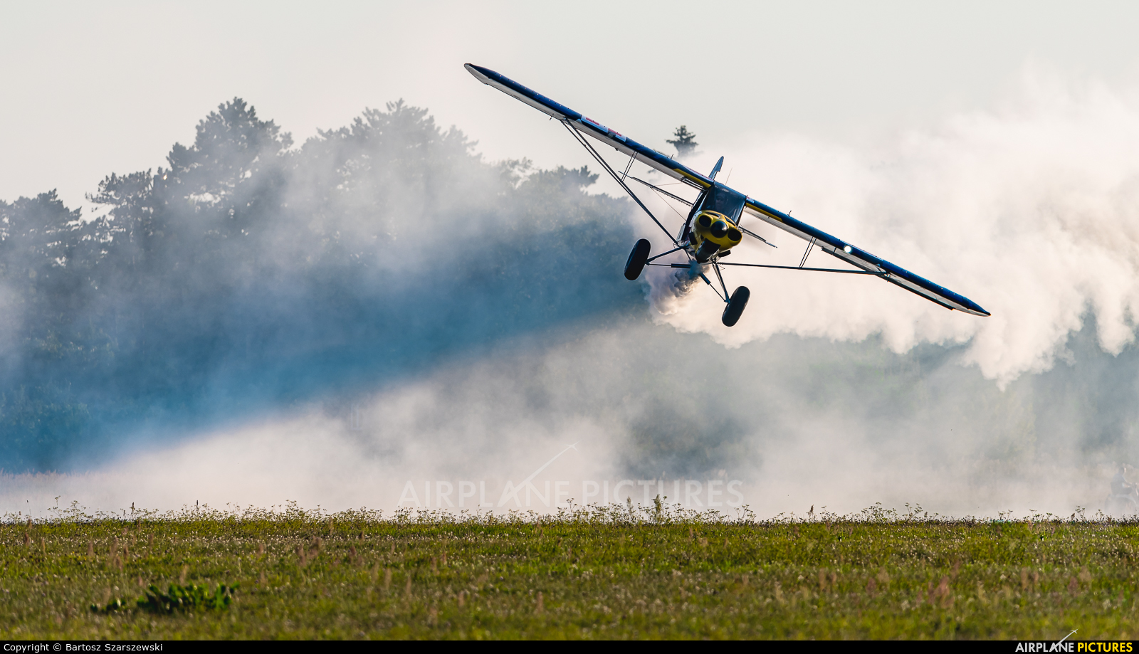 Private SP-YHB aircraft at Piotrków Trybunalski