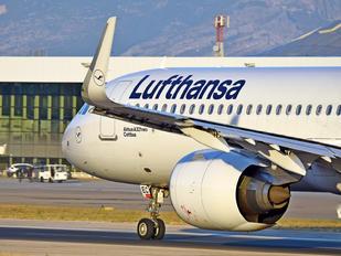 D-AIEC - Lufthansa Airbus A321 NEO