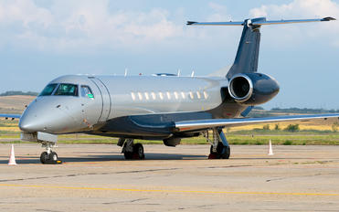 T7-GIB - Private Embraer EMB-135BJ Legacy 600