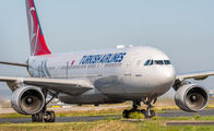 TC-LNA - Turkish Airlines Airbus A330-200 aircraft