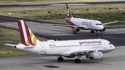 D-AKNJ - Germanwings Airbus A319