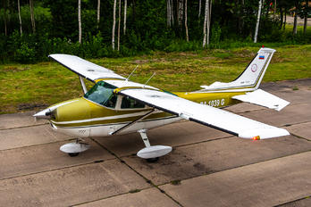 RA-1039G - Private Cessna 182 Skylane (all models except RG)