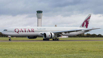 A7-BEX - Qatar Airways Boeing 777-300ER
