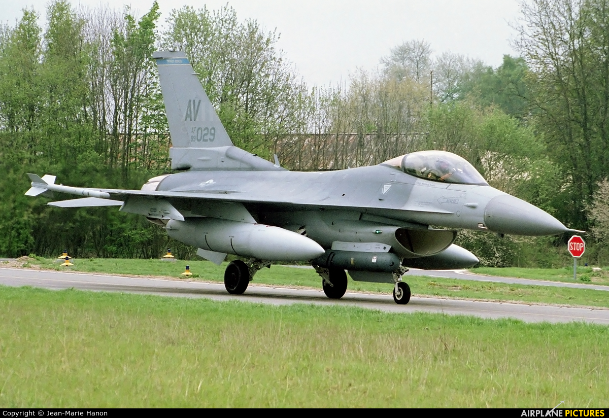 USA - Air Force 89-2029 aircraft at Florennes