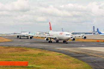 HB-JMH - - Airport Overview - Airport Overview - Runway, Taxiway