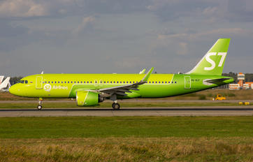 VQ-BCF - S7 Airlines Airbus A320 NEO