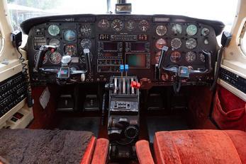 OE-FSL - Private Piper PA-31 Navajo (all models)