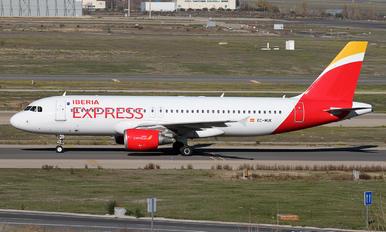 EC-MUK - Iberia Airbus A320