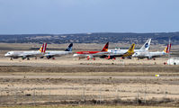 LETL - - Airport Overview - Airport Overview - Apron aircraft