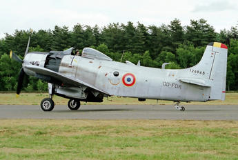 OO-FOR - Private Douglas AD-4N Skyraider