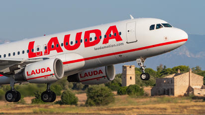 OE-LOQ - LaudaMotion Airbus A320