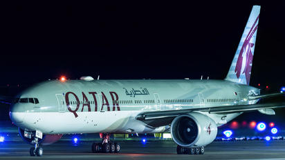 A7-BAS - Qatar Airways Boeing 777-300ER