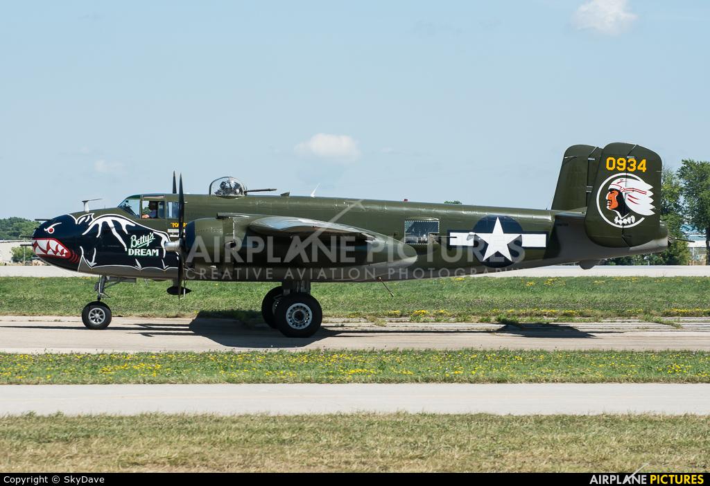 Private N5672V aircraft at Oshkosh - Wittman Regional