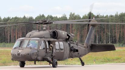 92-26445 - USA - Army Sikorsky UH-60L Black Hawk