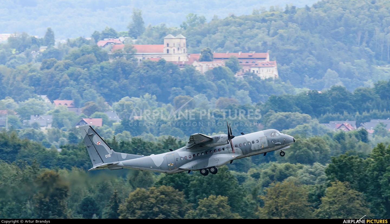 Poland - Air Force 015 aircraft at Kraków - John Paul II Intl
