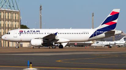 PR-MHA - TAM Airbus A320