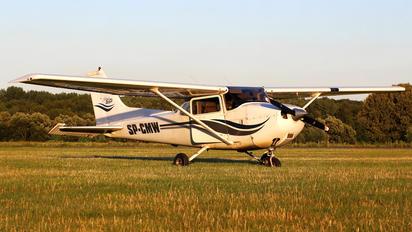 SP-CMW - Aeroklub Nadwislanski Cessna 172 Skyhawk (all models except RG)