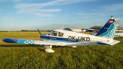 OK-UKD - Sky  Academy Piper PA-28 Cherokee