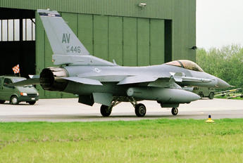 88-0446 - USA - Air Force General Dynamics F-16CG Night Falcon