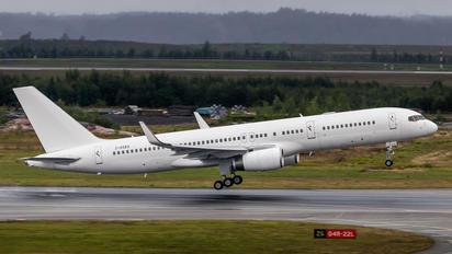 2-CCEA - Loftleidir Icelandic Boeing 757-200WL