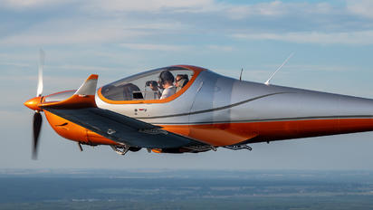 SP-SALD - Private Skyleader Skyleader 600