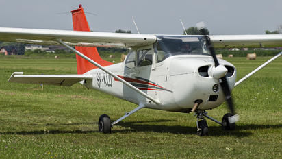 SP-KLO - Aeroklub Krakowski Cessna 172 Skyhawk (all models except RG)