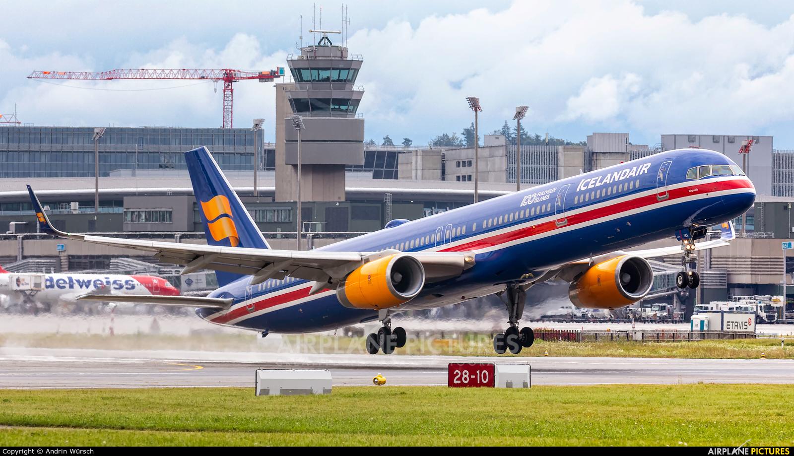 Icelandair TF-ISX aircraft at Zurich
