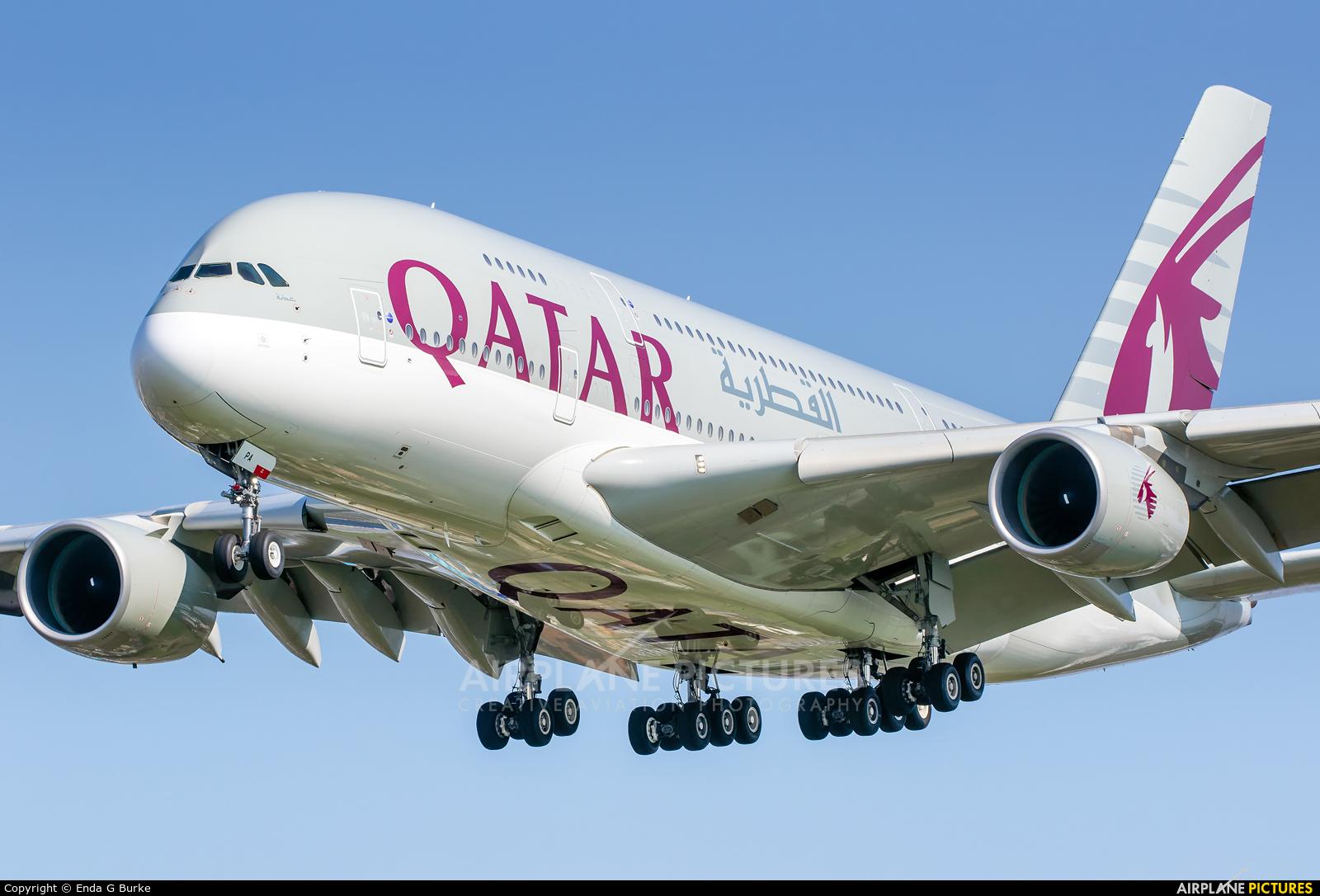 Qatar Airways A7-APA aircraft at London - Heathrow