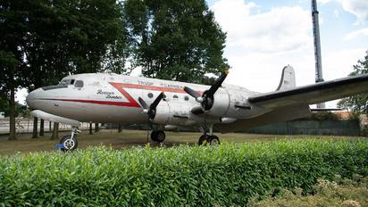 9063 - USA - Air Force Douglas C-54E Skymaster