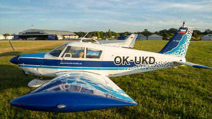 OK-UKD - Private Piper PA-28 Cherokee
