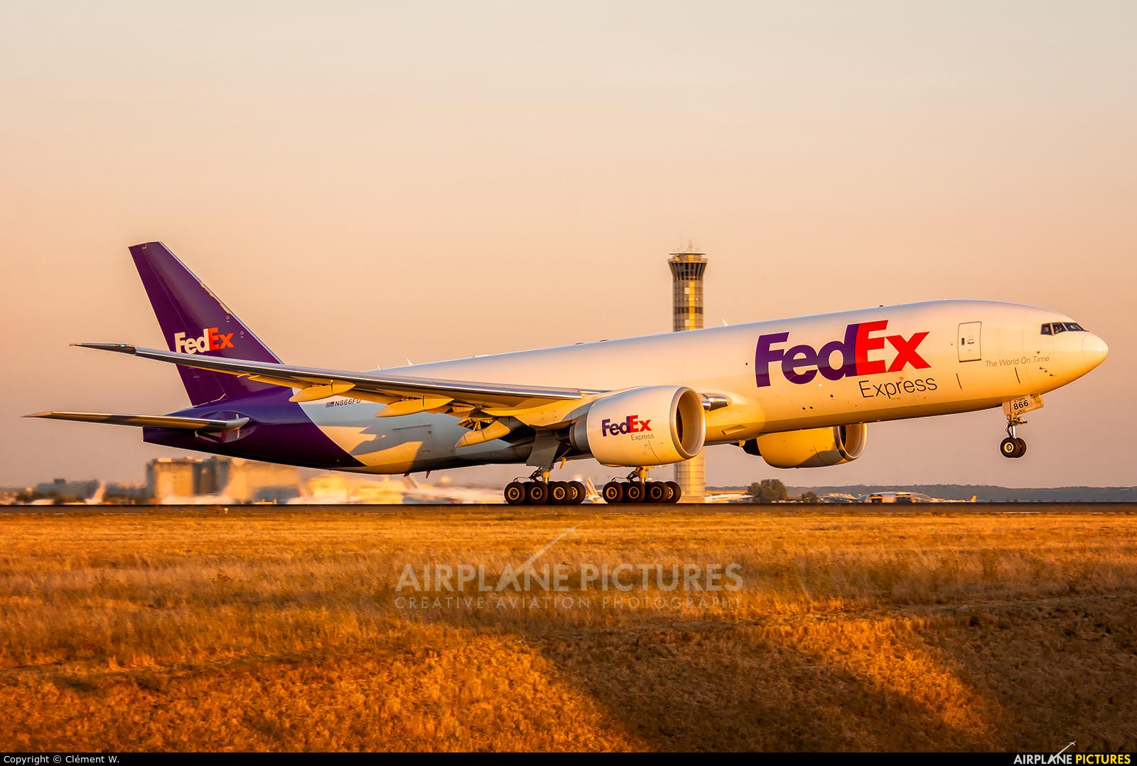 FedEx Feeder N866FE aircraft at Paris - Charles de Gaulle