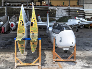 SP-4111 - Private PZL SZD-50 Puchacz