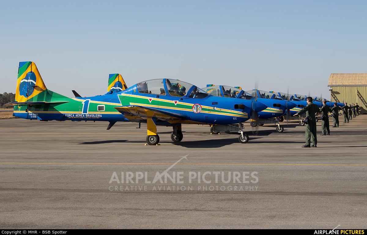 "Brazil - Air Force ""Esquadrilha da Fumaça"" 5965 aircraft at Anápolis AFB"