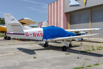 G-BHSE - Private Rockwell Commander 114
