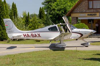 HA-BAX - Untitled Cirrus SR22T