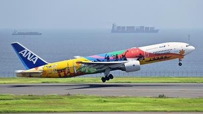 JA741A - ANA - All Nippon Airways Boeing 777-200ER