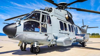 2752 - France - Air Force Eurocopter EC225 Super Puma