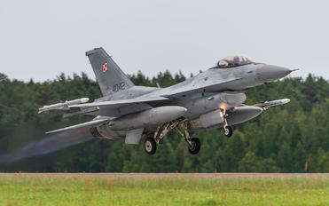 4042 - Poland - Air Force Lockheed Martin F-16C block 52+ Jastrząb
