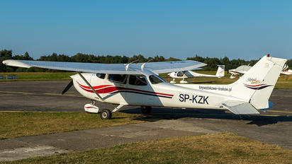 SP-KZK - Private Cessna 172 Skyhawk (all models except RG)