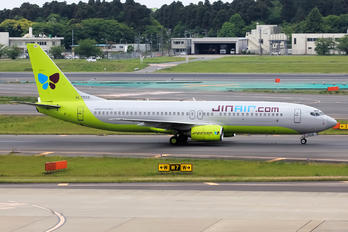 HL7558 - Jin Air Boeing 737-800