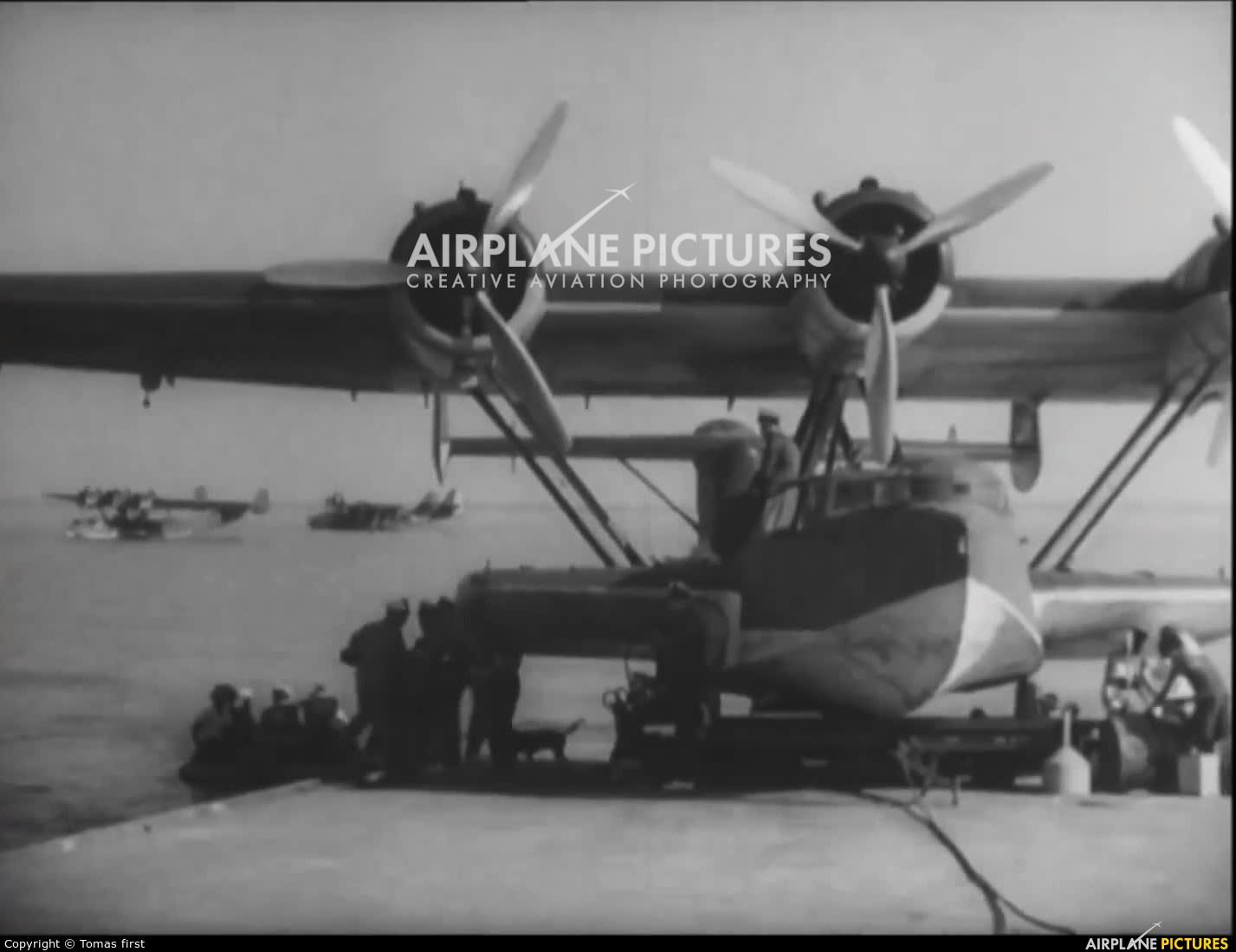 Netherlands - Navy - aircraft at