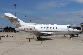 LY-BGH - Private Hawker Beechcraft 750