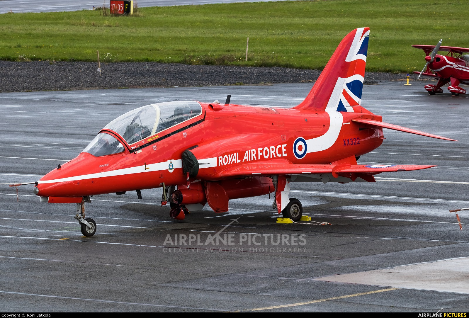 "Royal Air Force ""Red Arrows"" XX322 aircraft at Kauhava"